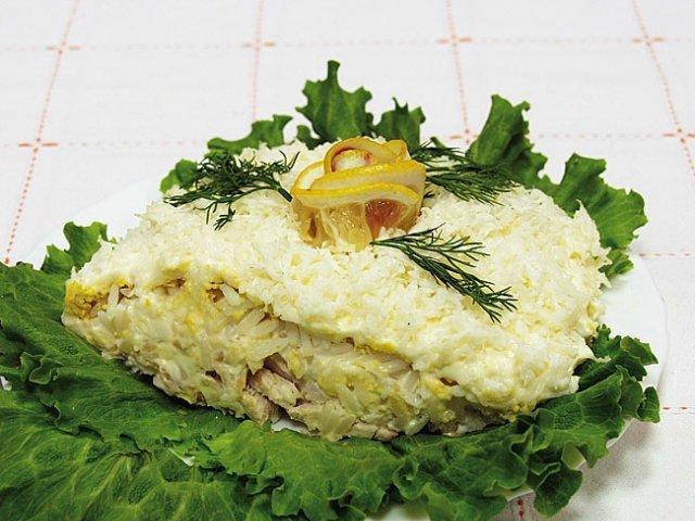 Салат с творогом Белоснежка